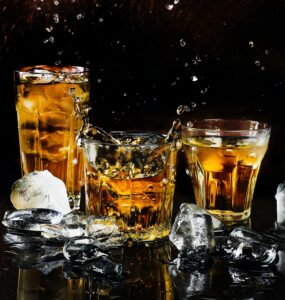 Signs_of_Alcohol_Addiction_beers