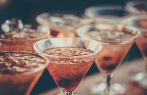 Signs_of_Alcohol_Addiction_drinks